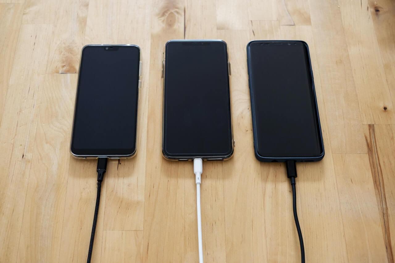 Samsung Galaxy S20 Plus vs iPhone 11 Pro